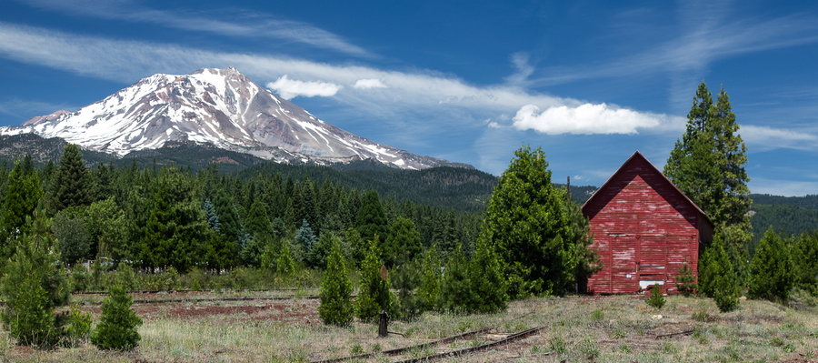 Mt. Shasta and Barn